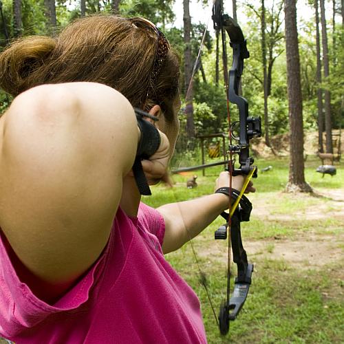 Arbeite als Archery Guide oder Instructor